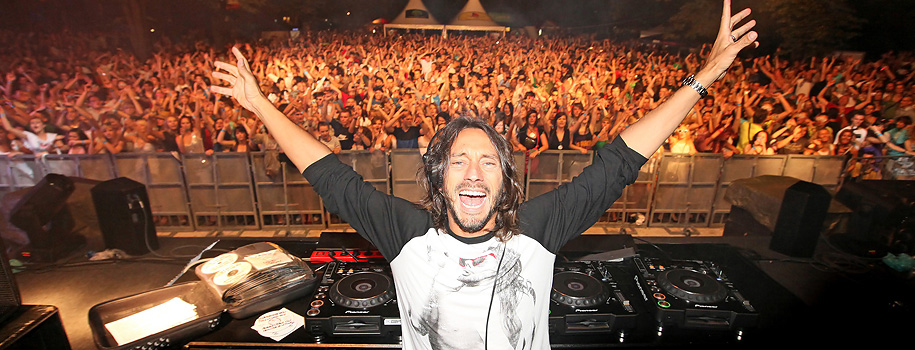 "Bob Sinclar at ""Laguna"""