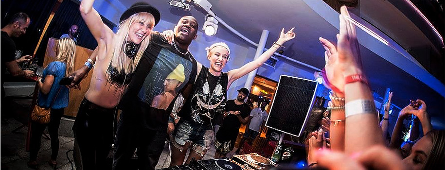 Duane Harden performing with Nervo